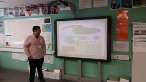 Wasim Ahmed, from Sonic Social Media, recently delivered a talk to A-Level students at High Storrs School, Sheffield. The talk centred on what it was like to do a PhD, and provided a brief introduction to social media research.  Wasim also touched on the