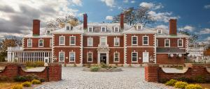 Nostalgic Berkshire Summer Cottage on 600 Acres